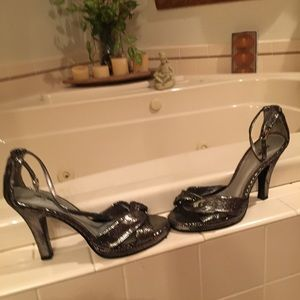 Shoes - Stunning black dressy heels